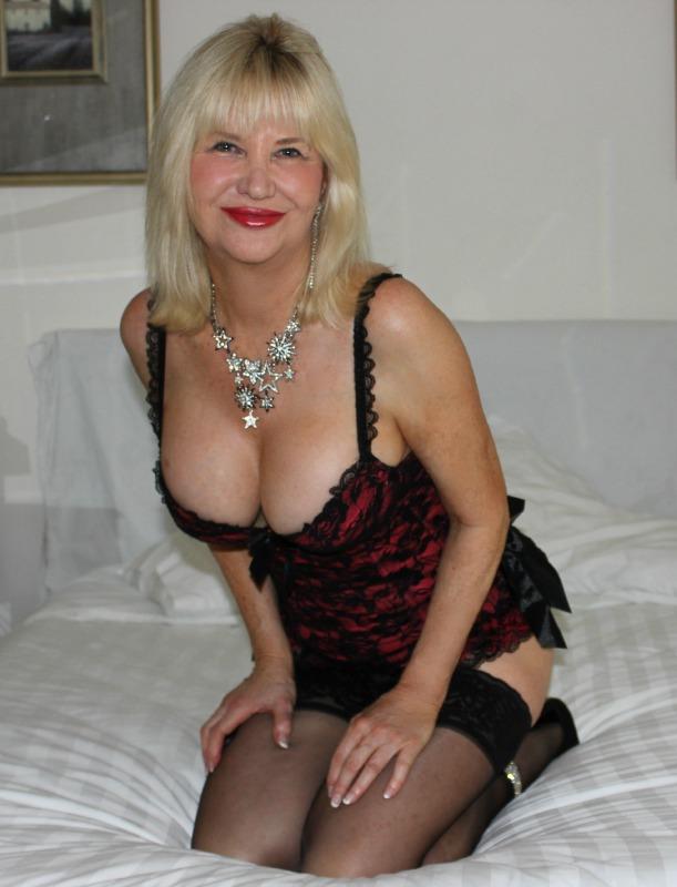 hard sex mature sydney escort