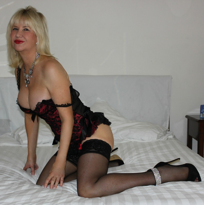 Shemale escorts, transgender and transsexual adult dating ads find other members